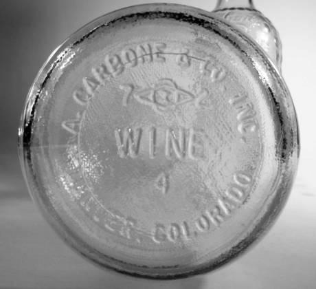 carbone-wine-d-sawin-halfgal-bottom-redux